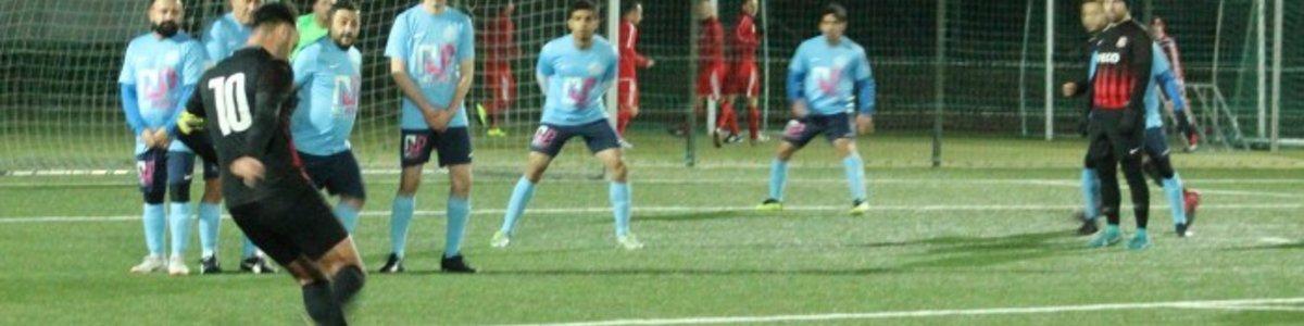 Austria 17 : Gartenstadt - 0:1 (0:0) - Polizei Sportanlage