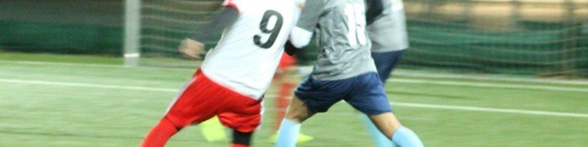 Austria 17 2 : Gartenstadt 2 - 2:8 (1:3) - Polizei Sportanlage